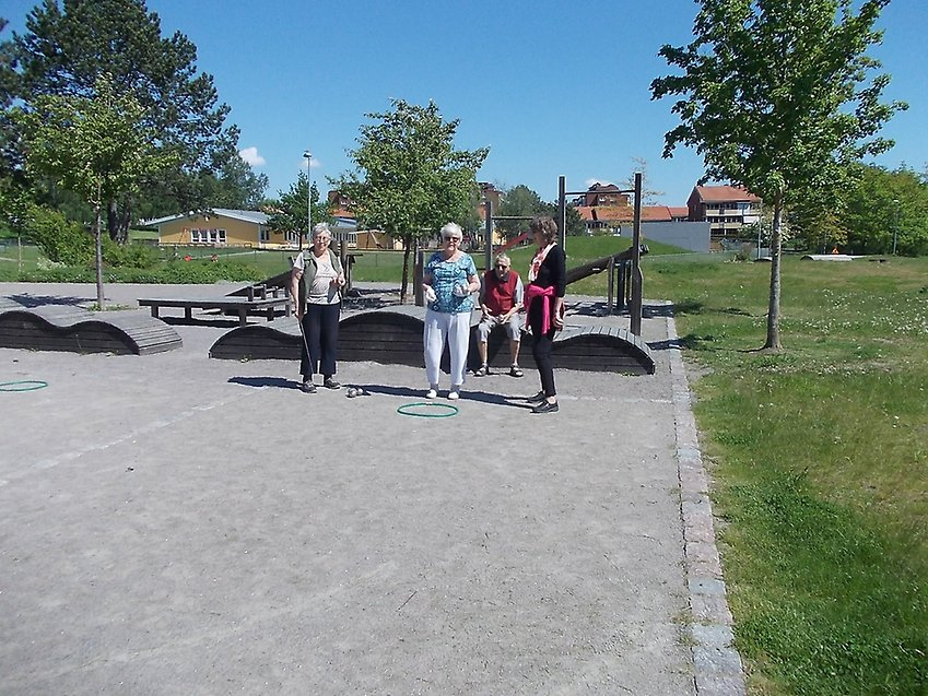 mötesplatser för äldre i kvillinge